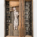 Kalliopi Lemos Boxed World no.7 Photograph and small figurine made of steel skeleton, air drying clay and Japanese paper, installed in a wooden box made with reclaimed wood from the roof of an old Georgian house, 74cm x 54cm x 20cm, 2015 / Καλλιόπη Λεμού Εγκιβωτισμένος Κόσμος (7) Φωτογραφία, Γλυπτό με σκελετό από ατσάλι, Πηλός και Iαπωνικό χαρτί, Ανακυκλωμένο ξύλο από σκεπή παλαιού Γεωργιανού σπιτιού, 74 x 54 x 20 εκ, 2015