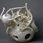 Aris Katsilakis  Untitled  40X40X50 cm  White Clay  cur.Anthi Argyriou / Άρης Κατσιλάκης  Χωρίς Τίτλο  40X40X50 εκ  Λευκός Πηλός  Επ. Ανθή Αργυρίου